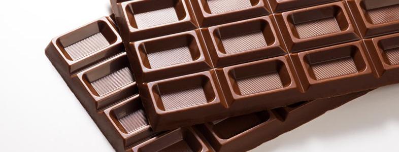 カレーが薄いときに味を濃くするチョコレート